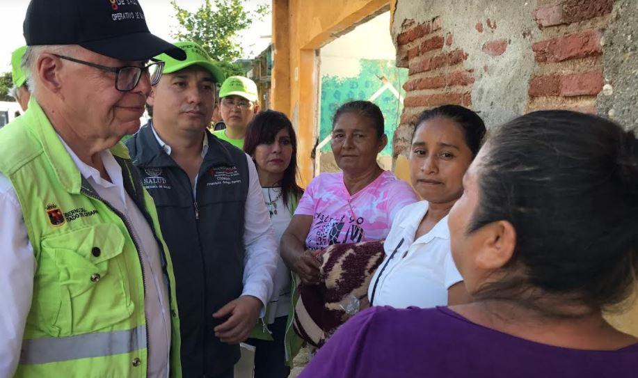 Recorren Secretarios de Salud Federal y Estatal zonas afectadas por el sismo en Paredón 6