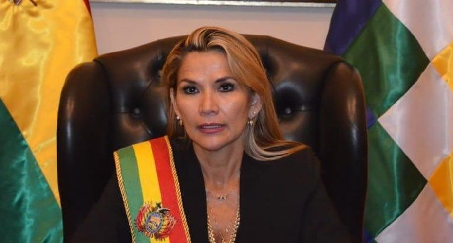 Jeanine Áñez presidenta interina de Bolivia 3