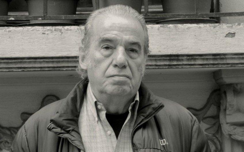 Tras ser hospitalizado por síntomas de COVID-19, muere Óscar Chávez 2