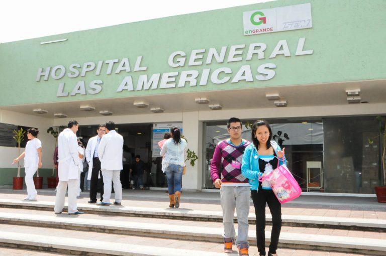 Entran por la fuerza a hospital en Ecatepec, reclaman informes de sus familiares con COVID-19 1