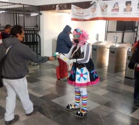 """""""Que no te cargue el payaso"""", campaña del metro que busca sensibilizar sobre las medidas contra el COVID-19 en CDMX 1"""