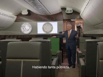 """""""Compra tu cachito"""": AMLO desde el avión presidencial para promover la rifa 9"""