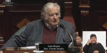 Renuncia al Senado y se retira de la política activa, José Mujica, expresidente de Uruguay 8
