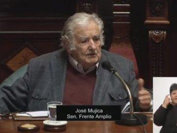 Renuncia al Senado y se retira de la política activa, José Mujica, expresidente de Uruguay 7