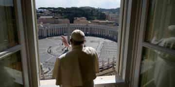 Vaticano confirma nuevo caso de Covid-19 en la residencia del Papa Francisco 7