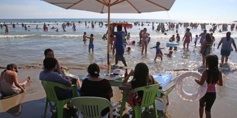 Pese a pandemia, las playas de Guerrero llegaron al límite de su capacidad hotelera durante este puente vacacional 1