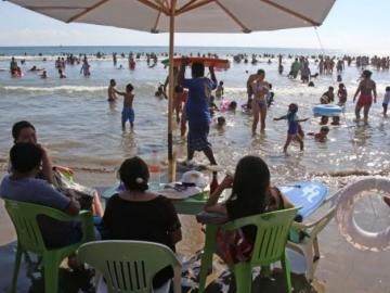 Pese a pandemia, las playas de Guerrero llegaron al límite de su capacidad hotelera durante este puente vacacional 11