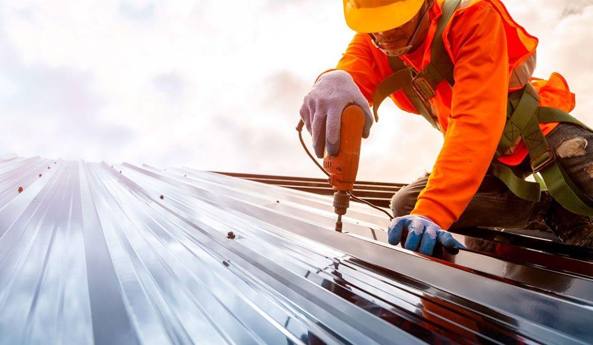 5 causas comunes para una reparación de techos de metal, de acuerdo a Factory Warehouse 4
