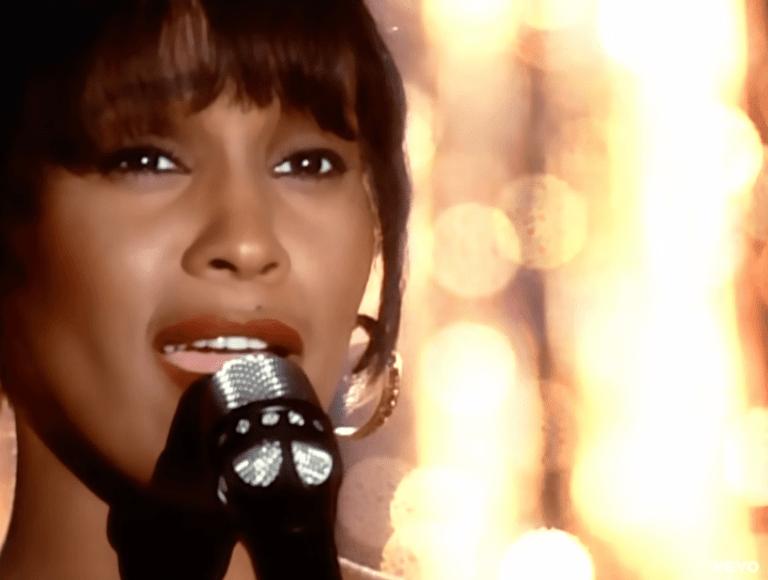 Hoy recordamos a Whitney Houston en su noveno aniversario luctuoso 1