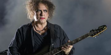 Robert Smith, líder de The Cure, cumple 62 años 10