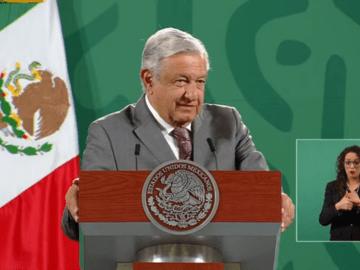 """""""Nuestros adversarios quieren poner a pelear a Marcelo con Claudia"""", AMLO 12"""