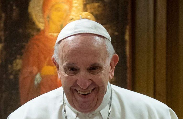 Papa enseña que no hay que compartir la fe