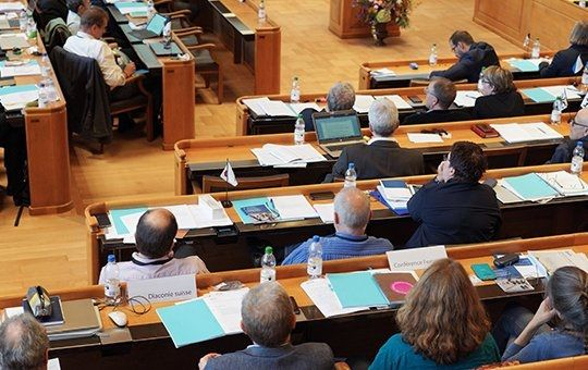 La Iglesia Protestante Suiza vota para permitir matrimonios del mismo sexo