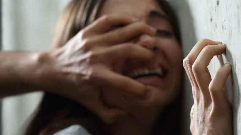niña violada