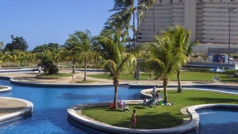 Club-Puerto-Azul