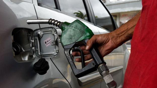 Gasolina venezolana fin del subsidio
