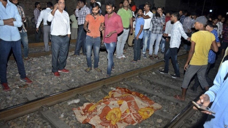 tren-La-India