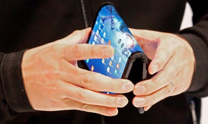 celular-pantalla-plegable
