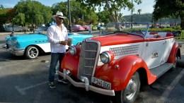 Auto convertible en La Habana