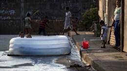 niños juegan en NIcaragua