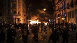 Protestas en Barcelona por detención de rapero Pablo Hasel