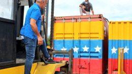 Freddy Bernal supervisa la remoción de los containers que bloqueaban los puentes binacionales en la frontera colombo venezolana
