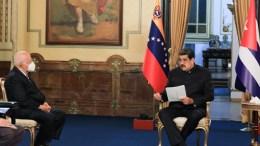 Maduro recibe a Delegación de Cooperación cubana en Miraflores