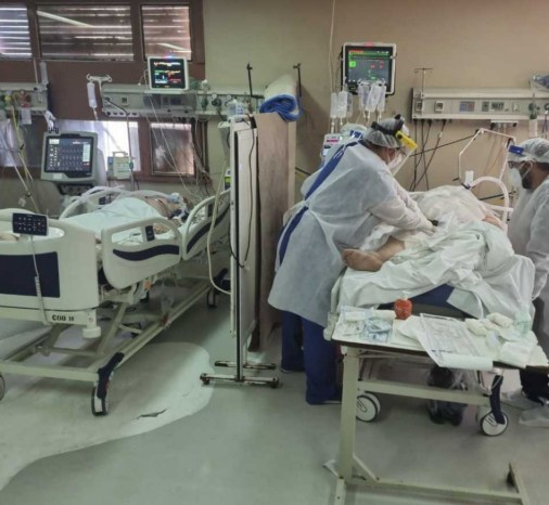 Camas de terapia intensiva.