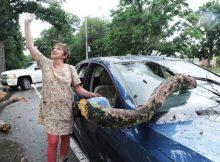 Mujer conducía su auto