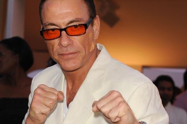 """acaf69a47291143b36612c5b483fc572 - Jean-Claude Van Damme protagoniza en la película de ciencia ficción """"UFO"""""""