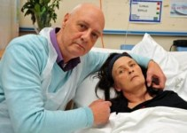 039e7b98e91cc2bfcd8bfd8d2f7b3b04 - Mujer revive a los 45 minutos de ser declarada muerta