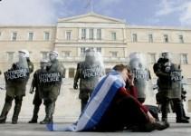 e024366fc83339fc9c4dbf30783ac11f - La Federación de Policías Griegos amenaza con detener a los representantes de la Unión Europea y del FMI