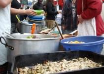fbe0cb468ebf47784fd8b26af4021e7e - En Estados Unidos prohíben por Ley dar de comer a sin techo al aire libre