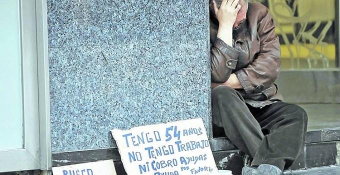 cbbcf4fa489d61b42aa4a35932850e0b - Récord de desempleados con 5.639.500 personas sin trabajo