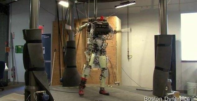 a97781ce9e87bca284b3461b9d41fa2b - Terminator existe se llama Petman y es un super androide bípedo