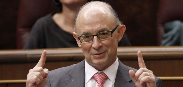 f14a896e5d42f9cdd02bc246b82ce535 - Cristobal Montoro siempre sonríe cuando anuncia recortes e impuestos a los ciudadanos