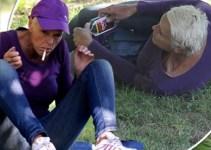 8dfdff0db32cfe67da2487cda126bd48 - Brigitte Nielsen, ebria y desorientada en un parque