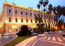 cbeae29db803645f5b715199396d8d52 - Escándalo en Málaga: Un gran palacio patrimonio del Estado utilizado para celebrar fiestas privadas