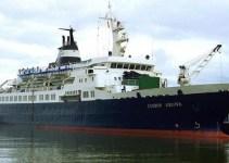 """8e0b77fbc9ff40024476dada4337e4e5 - El 'barco fantasma' Lyubov Orlova, """"amenaza inminente para el medioambiente"""""""