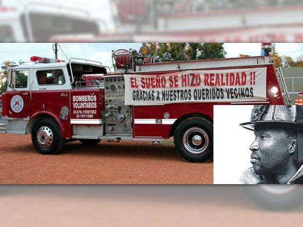 bca849d36b55d38a62caff3f070e3f9c - ¿El fantasma de un bombero cuida el camión de bomberos que actuó en el 11S ?