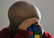 eb9bf436458080249c7633d607611800 - Maestra británica fingió que su hijo moría de cáncer para no ir a trabajar