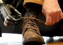 edc482ce6c5355fb299f5aefe3bf8f5b - #Video Hombre con la mano biónica más avanzada del mundo ya se puede atar los cordones