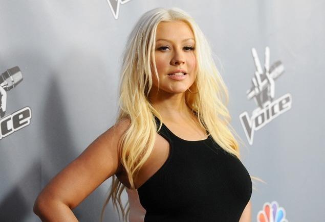 fcfb8c06df80563a653f50336efdcca2 - Christina Aguilera reaparece más delgada