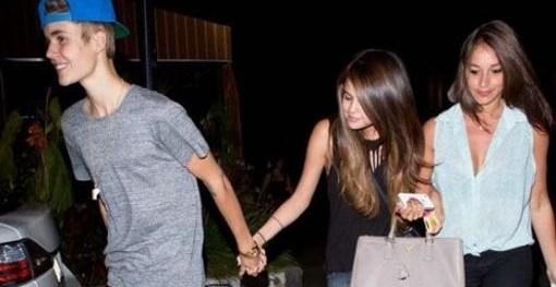 """51f0667b4fc7e65aab09035b8d9ac30a - Selena Gomez viajó a Noruega para ver a Justin Bieber: """"¿Estará arrepentida de dejar a su ex?"""""""