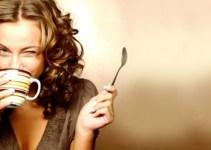 f8c1ec925a18c92698c05bff8c327469 - Atención mujeres: Tomar café influye en el tamaño de los pechos