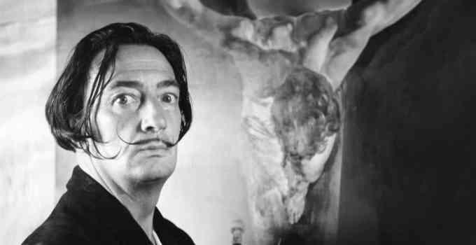3e07cac361df4ab31efe815f4c44558f - 21 datos surrealistas sobre la vida de Salvador Dalí