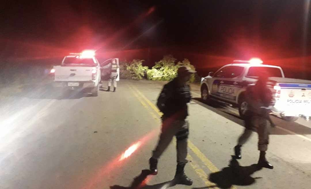 Após dois casos de coronavírus, moradores fecham acesso à cidade no interior do Acre