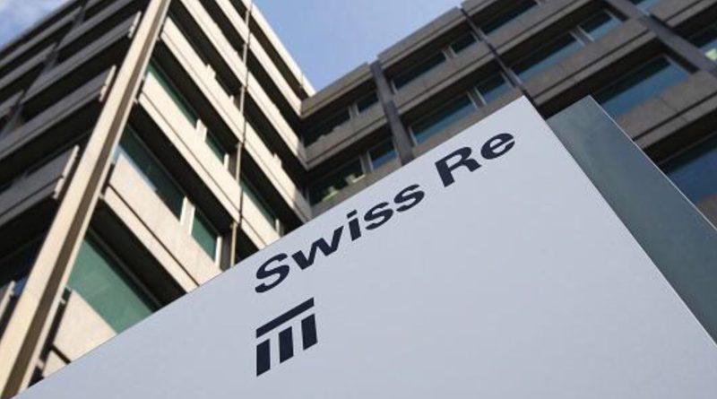 Swiss Re gana 866 millones, un 17% menos