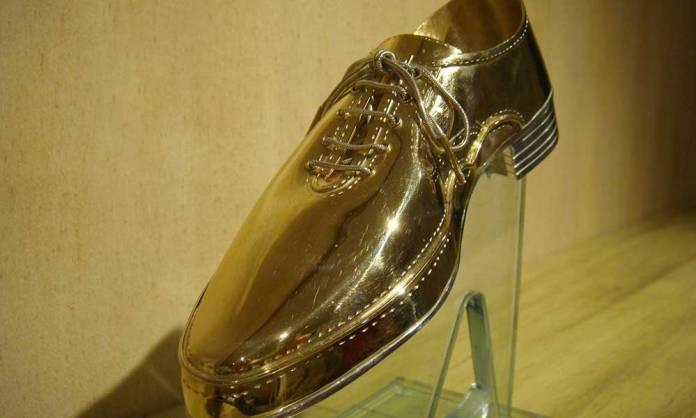 Un Zapato de Oro en una de las ediciones pasadas