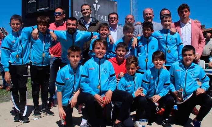 Escuela de Fútbol de Arnedo (Nacidos en 2007), ganadores del Torneo (Imagen: Ayto. Logrono)